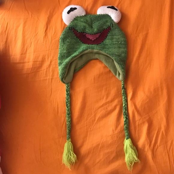 164040408 ❗️$5 when bundled ❗️Kermit / frog knit hat
